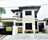 Photo 5 bedroom House and Lot For Sale in Greenwoods...