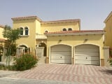 Photo Stunning 4BR Villa with Own pool in Jumeirah...