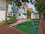 Photo Beautiful 4BR house with pool and garden