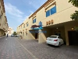 Photo 3 bed room town house for 120k 14 months