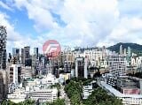 Photo Luxury Apartment High Floor Bright Open Green View