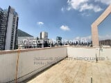 Photo Nice & Bright View Roof Top 2 Bedroom apartment