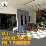 Foto Rumah Fully Furnished 3 Lantai Komplek JCity...