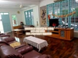 Photo Single Storey Semi Detached House For Rent!...