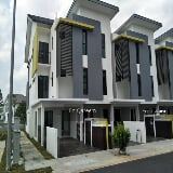 Photo 2 storey cempaka seri townhouse villa, kota...