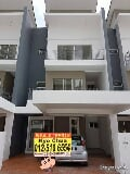 Photo Taiping crystal creek superlink terrace house...