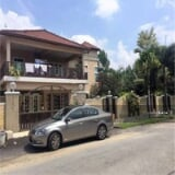 Photo Corner semi-d, fully reno, saujana impian for sale