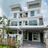 Photo 3 storey semi - d regency park saujana kota...