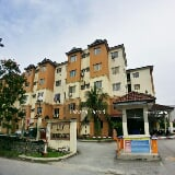 Photo Lily apartment. Saujana utama, sungai buloh
