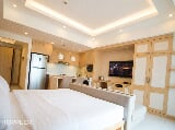 Photo 1BR Condominium for Sale at McKinley Hill,...