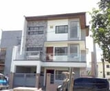 Photo 5 bedroom Townhouse For Sale in Tandang Sora...