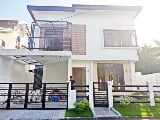 Photo Single Detached House And Lot For Sale In BF...