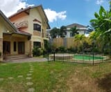 Photo 5 bedroom House and Lot For Rent in BF Homes...