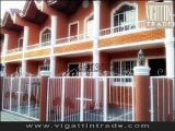 Photo Affordable Townhouse for only 250 DP E. T Homes...
