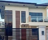 Photo 5 bedroom House and Lot For Sale in Fairview...