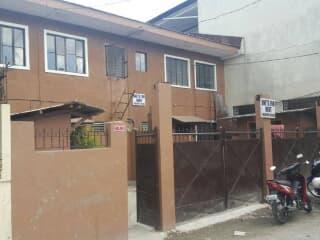 Wondrous For Rent Makati 5000 Trovit Home Remodeling Inspirations Basidirectenergyitoicom