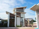 Photo Mactan house for sale near beach resort Mactan...