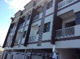 Photo Luxury townhouse in Greenwoods Pasig