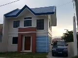 Photo Roseanne 2-storey house and lot in malolos bulacan