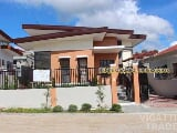 Photo Bungalow House Celerina Heights Subdivision -...