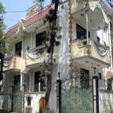 Photo 28 Marla House for Rent in Lahore Gulberg-3
